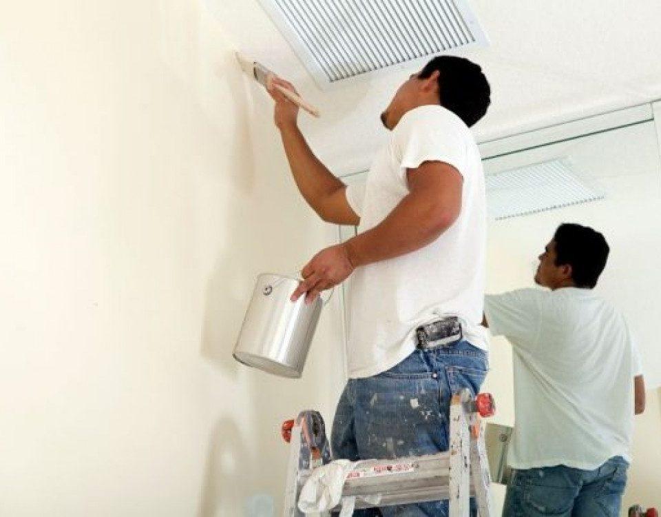 cách khử mùi sơn trước khi vào nhà mới