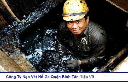 Vét hố ga Bình Tân